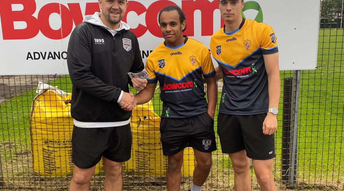 Leigh Miners players and Danny Sculthorpe